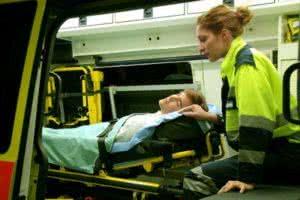 Транспортировка больных: правила подготовки больного к перевозке